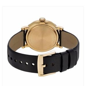 Marc Jacobs Accessories - Marc Jacobs leather watch